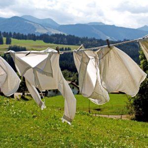 雨の日の部屋干しが乾かない!おすすめの場所と洗濯物の干し方時短法