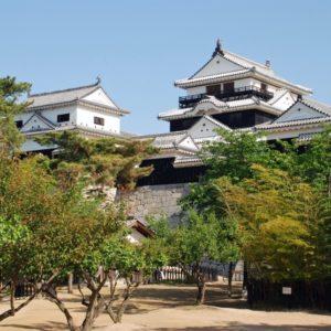 松山城の観光ルート、ロープウェイで行く場合全体でかかる時間は?