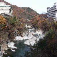 鬼怒川ライン下り紅葉の見頃は?シーズン中の混雑状況と11月の気温は?