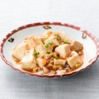 麻婆豆腐は絹と木綿どっち?豆腐の下処理の仕方と味を染み込ませるコツ