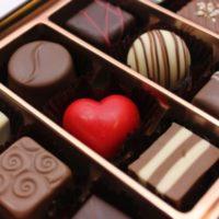 コンビニでバレンタインチョコの半額はいつから?割引を確実にゲットする方法