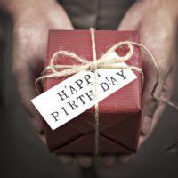 父親の還暦祝い何にする?記憶に残って喜ばれるプレゼント6選